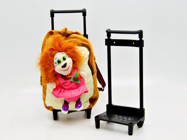 Мягкая игрушка Тележка для рюкзака